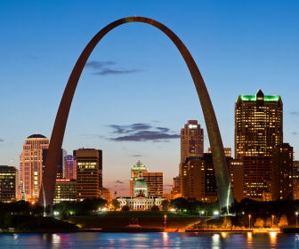 St. Louis Gateway Arch and downtown skyline, Missouri